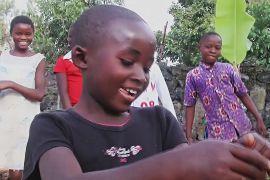 Танці допомагають дітям забути про жахи виверження вулкана
