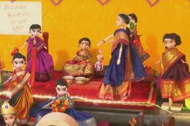 Індійка зібрала 10 000 традиційних ляльок і виставляє їх раз на рік