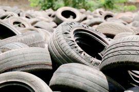 Нігерійська компанія перетворює шини на «чорне золото»