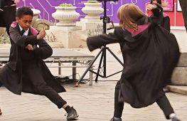 Як Гаррі Поттер: юних лондонців учать володіти чарівною паличкою